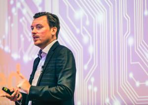 Futurist Keynote Speaker Monty Metzger